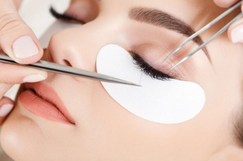 Wajib Tahu! Serba-Serbi Mengenai Perawatan Eyelash Extension