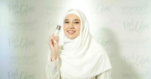 Wardah Memperkenalkan Dhini Aminarti Sebagai Brand Ambassador Terbarunya