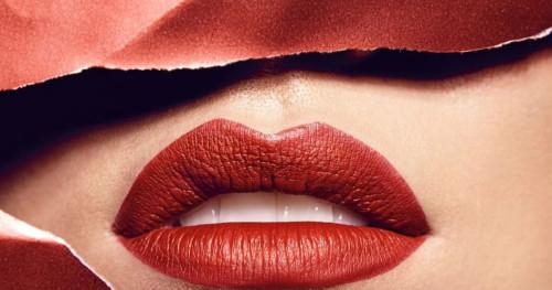 Y et Beaute: Lipstik Warna Intens Berbasis Organik