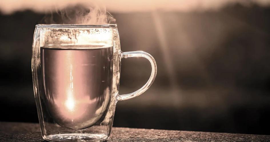 Beragam Manfaat Minum Air Hangat Untuk Kesehatan Tubuh Glitzmedia Co